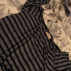New! Cute Hollister ruffle crop top size small